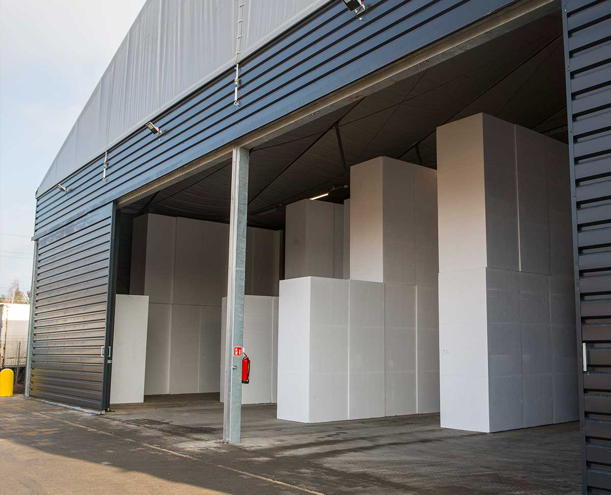 Sliding door on temporary building